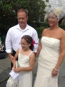 wedding family of 3